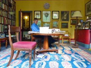 Gavin Stamp at home (2013). Photo: http://www.bibleofbritishtaste.com/the-englishmans-room-gavin-stamp-and-anti-ugly/.